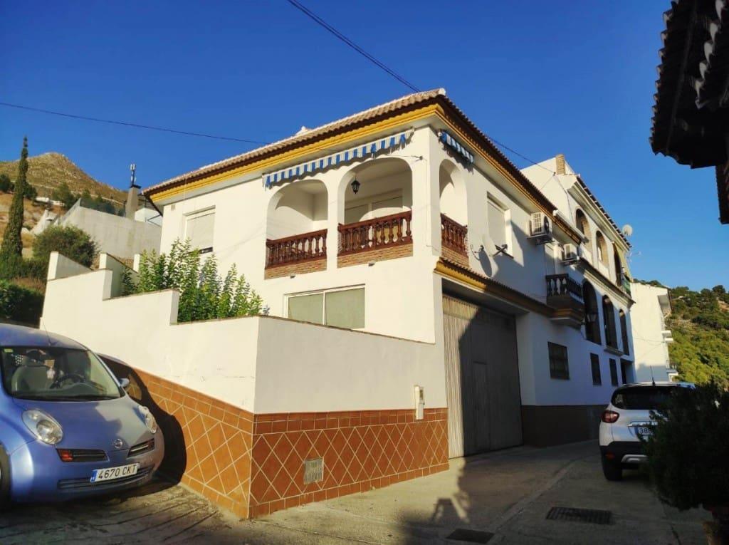 4 soveværelse Semi-Rækkehus til salg i Competa med garage - € 252.000 (Ref: 5610283)