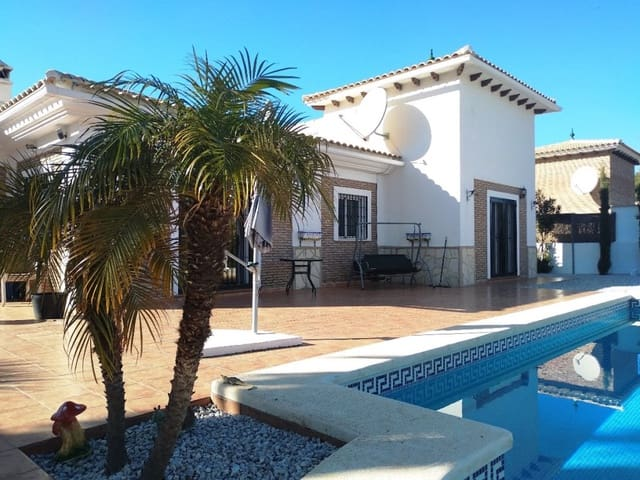 3 makuuhuone Maalaistalo myytävänä paikassa Arenas mukana uima-altaan - 295 000 € (Ref: 5883527)
