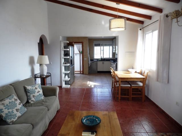 3 camera da letto Villa in vendita in Vinuela con piscina - 249.000 € (Rif: 5918615)
