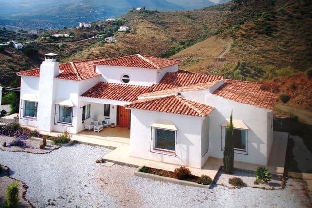 4 quarto Quinta/Casa Rural para venda em Canillas de Aceituno - 650 000 € (Ref: 5924325)