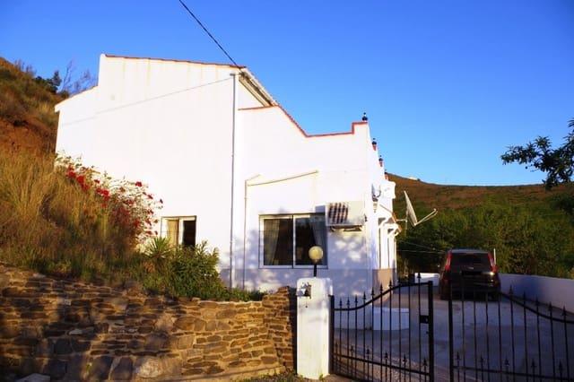 3 soveværelse Finca/Landehus til salg i Velez-Malaga med swimmingpool garage - € 155.000 (Ref: 5949990)