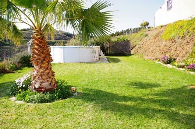 3 makuuhuone Maalaistalo myytävänä paikassa Caleta de Velez mukana uima-altaan - 399 000 € (Ref: 6000970)