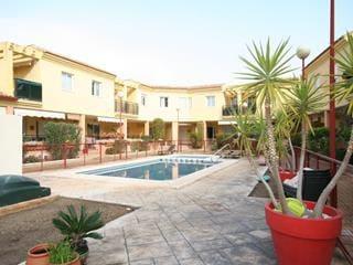 3 sovrum Hus att hyra i Pego med pool - 720 € (Ref: 5071745)