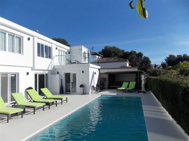 4 soverom Villa til salgs i Nueva Andalucia med svømmebasseng garasje - € 5 800 (Ref: 3335809)