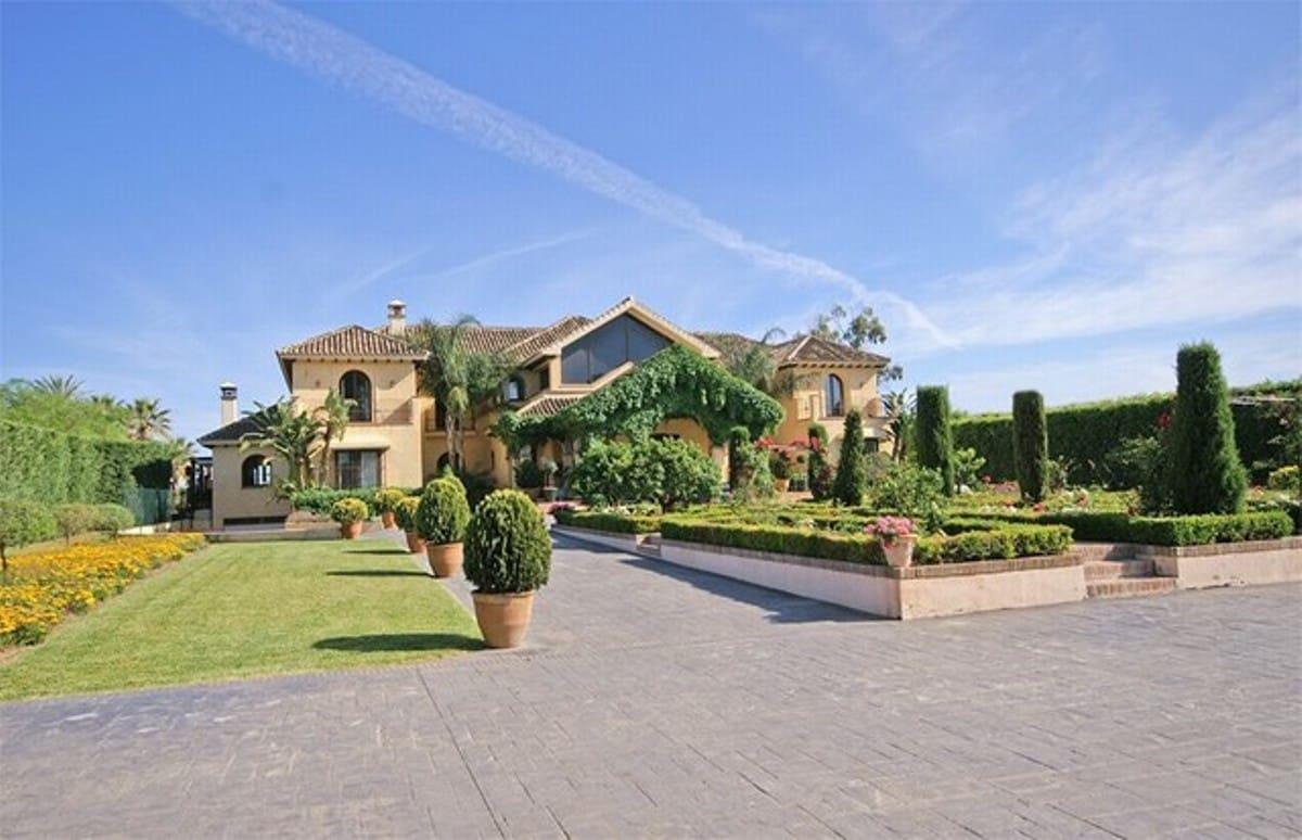 8 Zimmer Ferienvilla in El Paraiso mit Pool Garage - 30.000 € (Ref: 3342875)