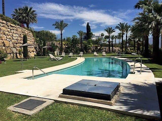 Apartamento de 3 habitaciones en El Paraiso en alquiler vacacional con piscina garaje - 1.400 € (Ref: 3479754)