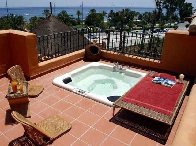 3 sypialnia Penthouse na kwatery wakacyjne w San Pedro de Alcantara z basenem garażem - 3 500 € (Ref: 3604392)