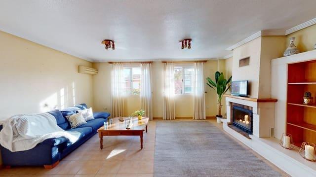 4 camera da letto Villetta a Schiera in vendita in La Romana con garage - 130.000 € (Rif: 5978194)