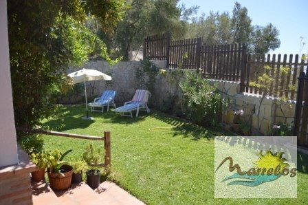 2 bedroom Bungalow for sale in Frigiliana with pool - € 340,000 (Ref: 2422504)