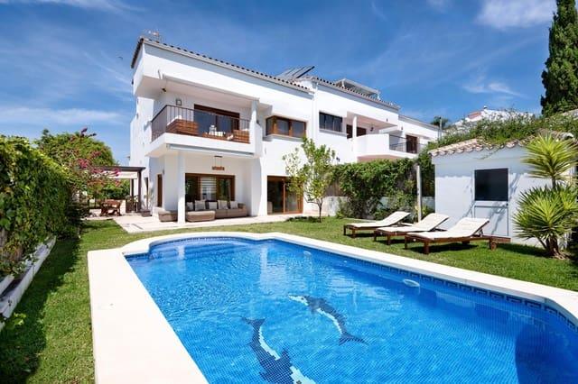 4 Zimmer Reihenhaus zu verkaufen in Rincon de la Victoria mit Pool Garage - 440.000 € (Ref: 5609870)