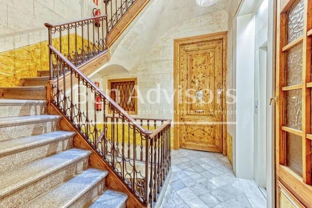 3 bedroom Flat for sale in Barcelona city - € 430,000 (Ref: 6107251)
