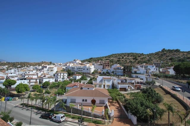 2 bedroom Apartment for sale in Guaro (Coin) - € 185,000 (Ref: 3123219)
