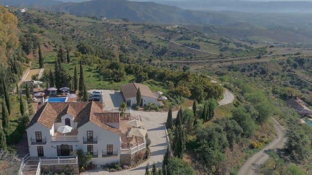 5 bedroom Hotel for sale in Casarabonela with pool garage - € 719,000 (Ref: 4509459)