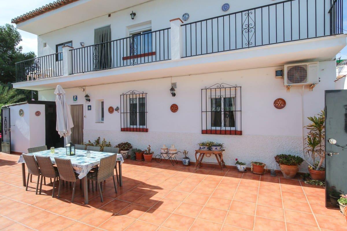 5 sypialnia Hotel na sprzedaż w Alora z basenem garażem - 399 000 € (Ref: 4871896)