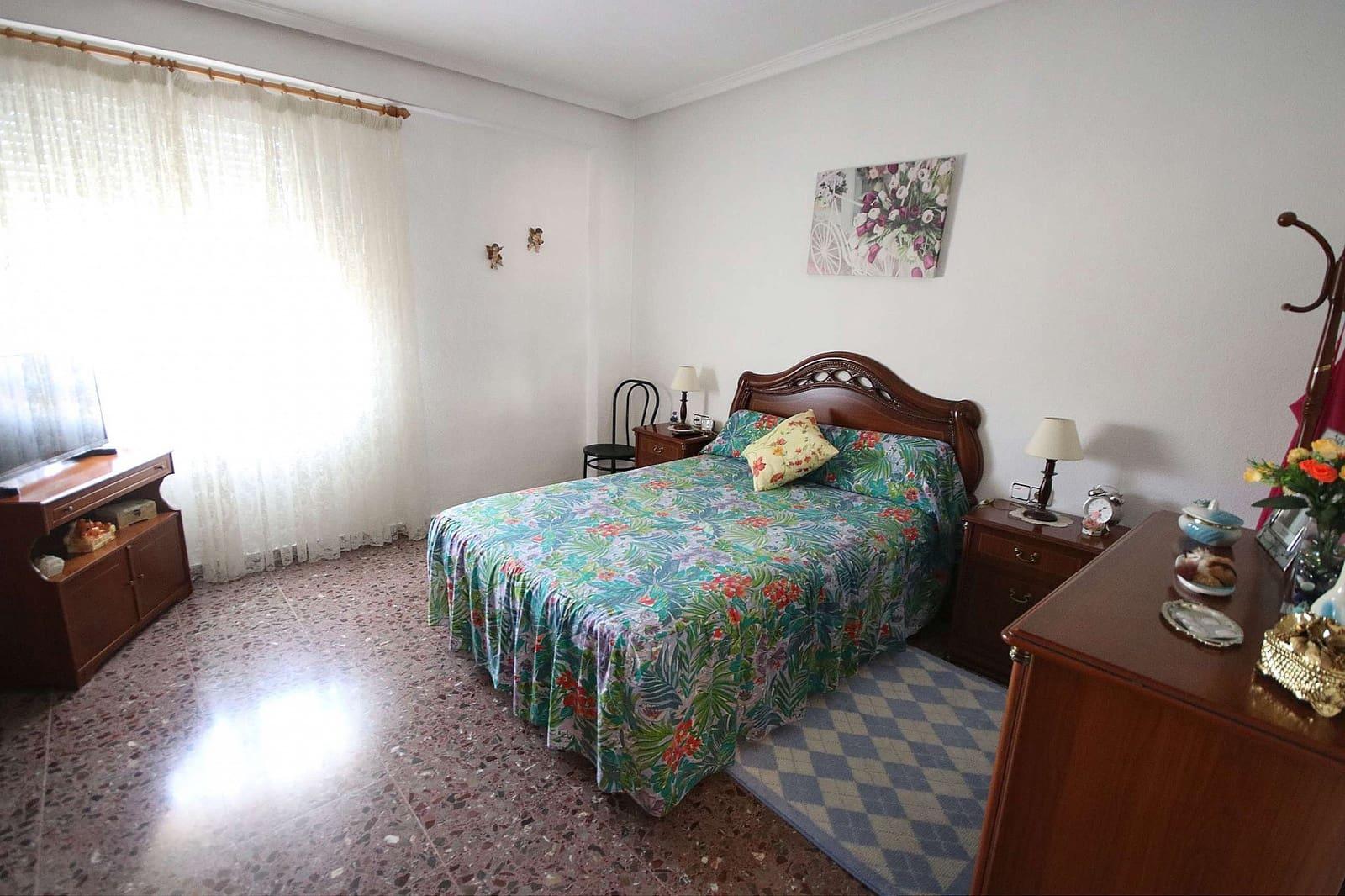 4 soveværelse Virksomhed til salg i Monovar / Monover med garage - € 449.995 (Ref: 5018246)