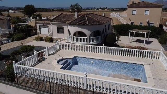 3 bedroom Villa for sale in Catral with pool - € 185,950 (Ref: 6211591)