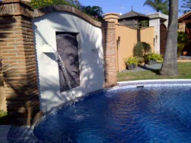 3 soverom Villa til leie i Costalita med svømmebasseng garasje - € 4 000 (Ref: 3172160)
