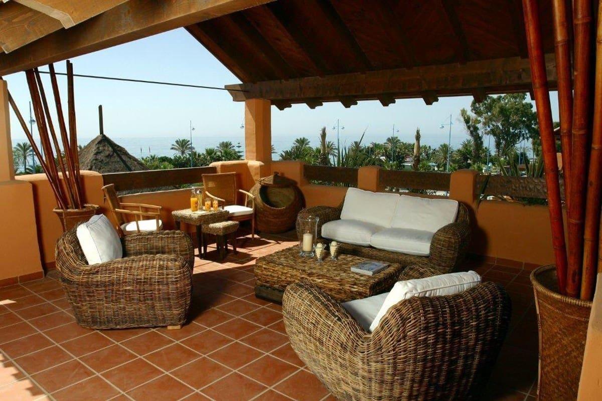 3 sypialnia Penthouse na kwatery wakacyjne w San Pedro de Alcantara z basenem garażem - 3 450 € (Ref: 3402989)