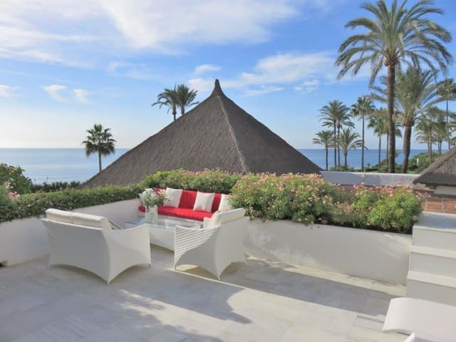 2 bedroom Apartment for holiday rental in New Golden Mile with pool garage - € 1,400 (Ref: 3785670)