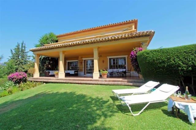 6 sypialnia Willa do wynajęcia w Nueva Andalucia z basenem garażem - 4 800 € (Ref: 4436106)