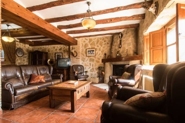 12 sovrum Finca/Hus på landet till salu i Bocairent med pool - 950 000 € (Ref: 4886302)
