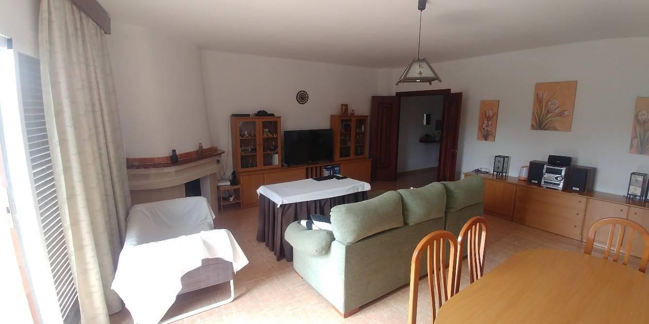 5 bedroom Flat for sale in Marbella - € 279,900 (Ref: 3962026)