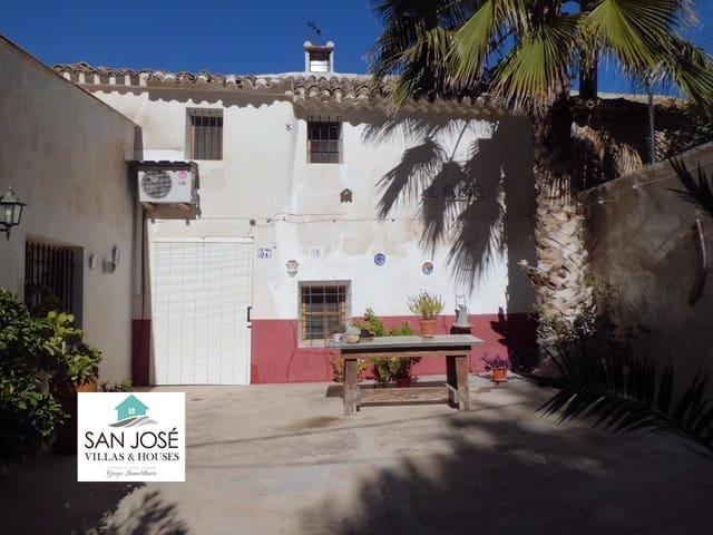 Chalet de 4 habitaciones en Culebron en venta - 90.000 € (Ref: 3648038)