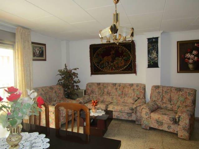 3 makuuhuone Asunto myytävänä paikassa Moixent - 60 000 € (Ref: 2726342)