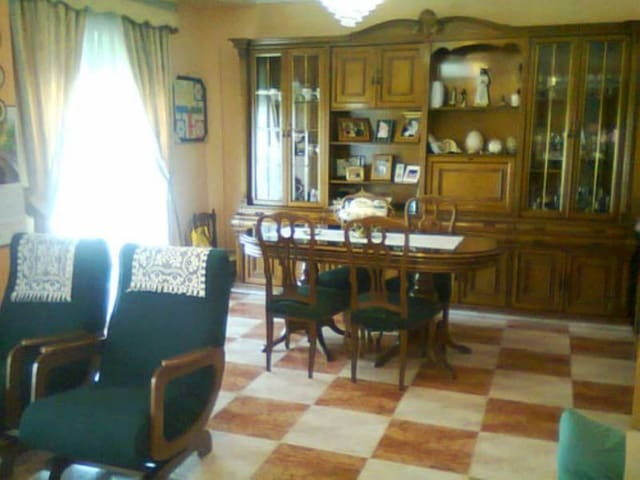 5 chambre Villa/Maison Mitoyenne à vendre à Xativa avec garage - 285 000 € (Ref: 3138996)