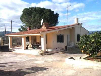 4 bedroom Villa for sale in Canals with pool garage - € 125,000 (Ref: 3139161)