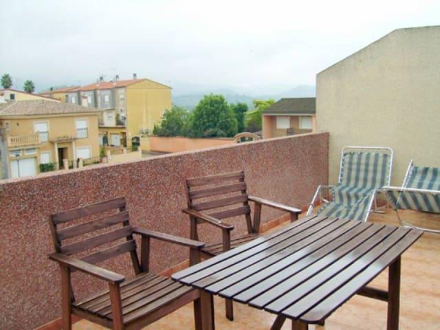 Adosado de 4 habitaciones en Llocnou d'en Fenollet en venta con garaje - 175.000 € (Ref: 3139179)