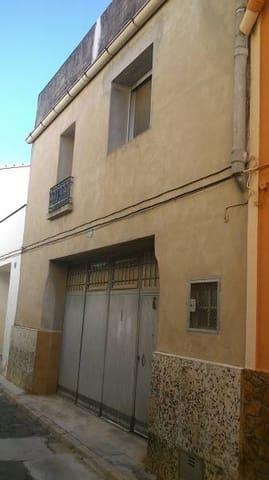 4 sypialnia Willa na sprzedaż w Anna z garażem - 70 000 € (Ref: 3139262)