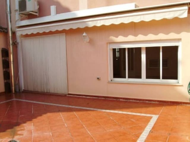 5 chambre Villa/Maison Mitoyenne à vendre à Novele / Novetle avec garage - 145 000 € (Ref: 3139424)