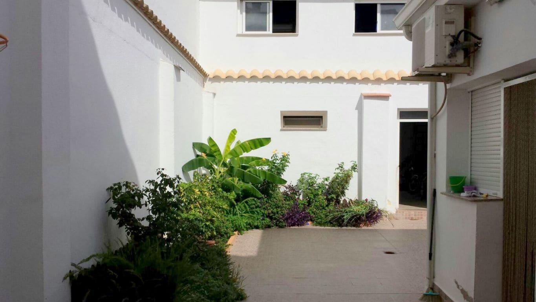 5 sovrum Radhus till salu i Alfarrasi med garage - 156 000 € (Ref: 5206695)