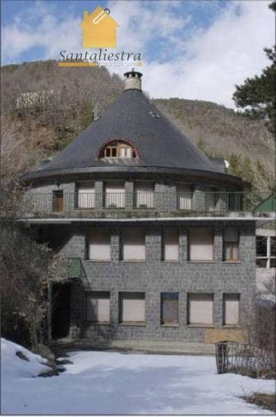 Gjestgiveri/B&B til salgs i Broto med svømmebasseng - € 4 000 000 (Ref: 3826987)