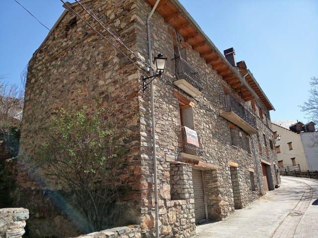 Casa de 1 habitación en Sesué en venta con garaje - 86.000 € (Ref: 4097894)