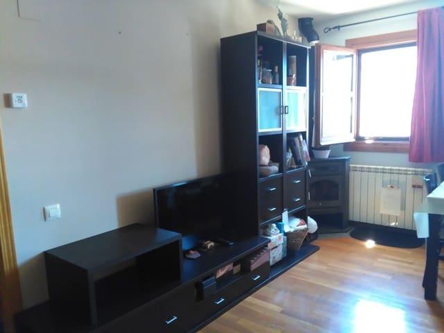 Apartamento de 2 habitaciones en Laspaúles en venta - 96.000 € (Ref: 4749787)