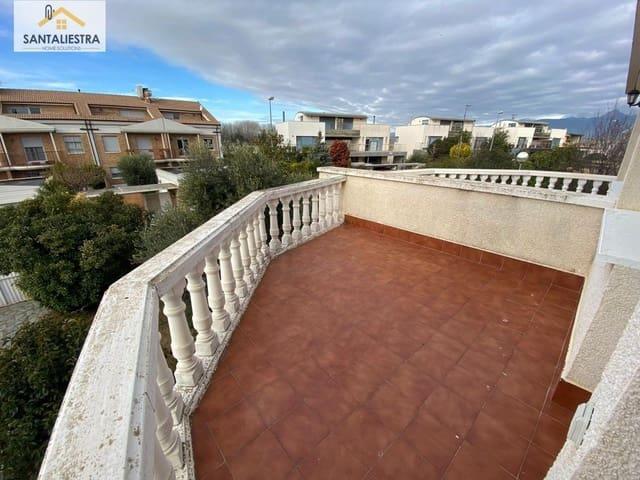 Chalet de 5 habitaciones en Huesca ciudad en venta con piscina - 285.000 € (Ref: 5617300)