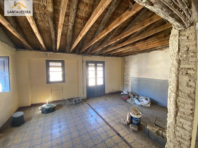 1 slaapkamer Penthouse te koop in Huesca stad - € 49.000 (Ref: 5682849)