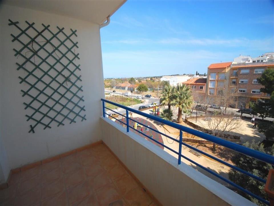 Ático de 4 habitaciones en Ondara en venta - 160.000 € (Ref: 3885906)