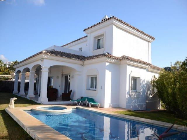 4 sovrum Villa till salu i Miraflores med pool garage - 690 000 € (Ref: 3173783)
