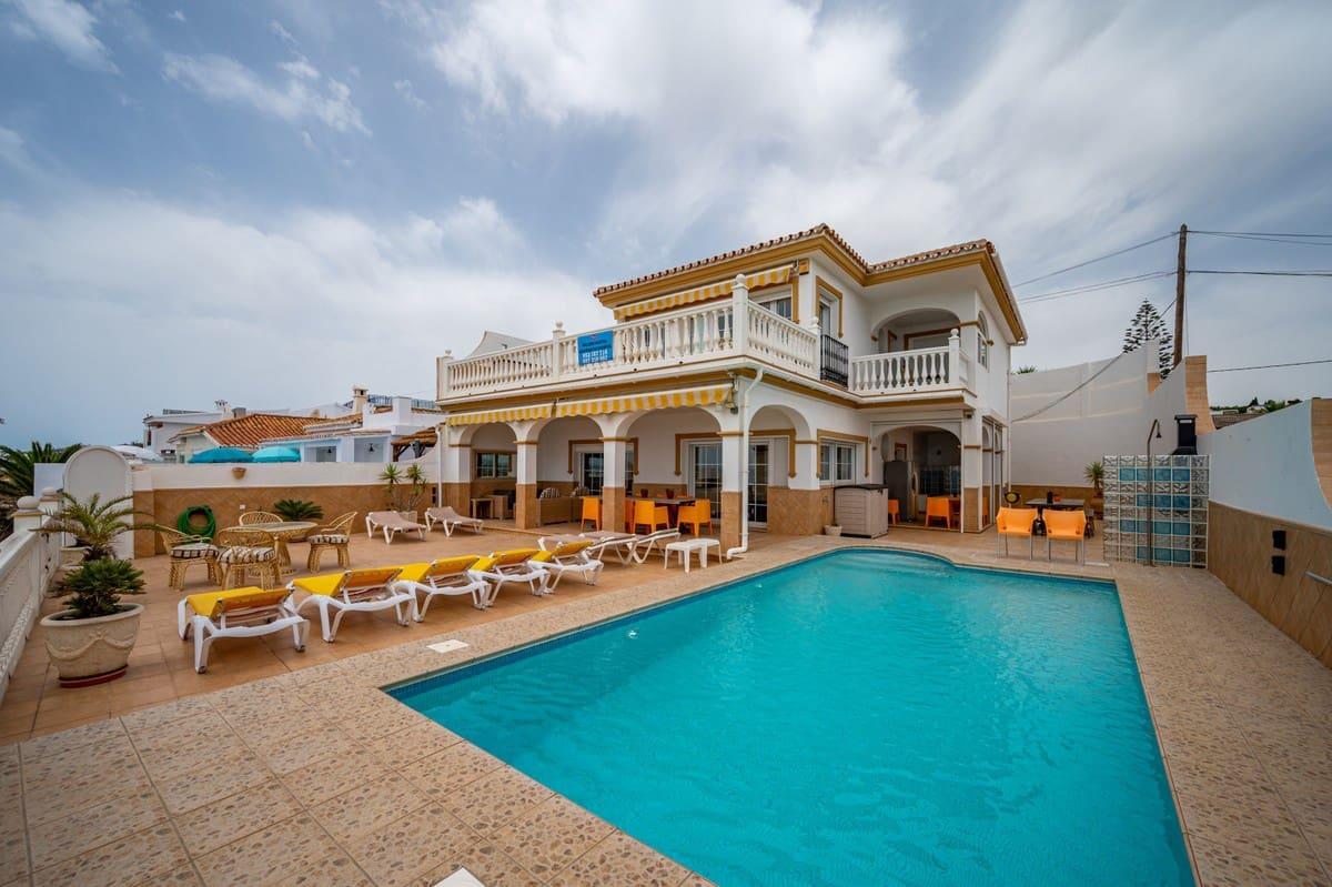 5 bedroom Villa for holiday rental in El Chaparral with pool garage - € 2,100 (Ref: 3328958)