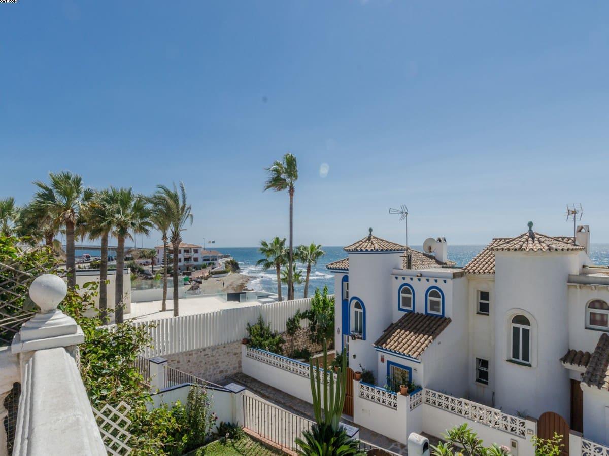 3 soverom Kjedet enebolig til salgs i El Faro med garasje - € 470 000 (Ref: 3752590)