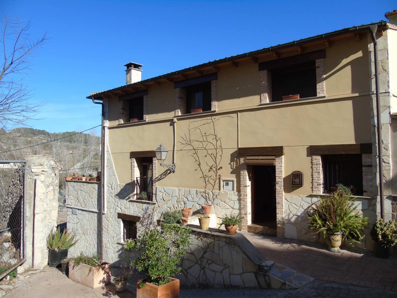 Casa de 4 habitaciones en Planes en venta con garaje - 215.000 € (Ref: 4472731)