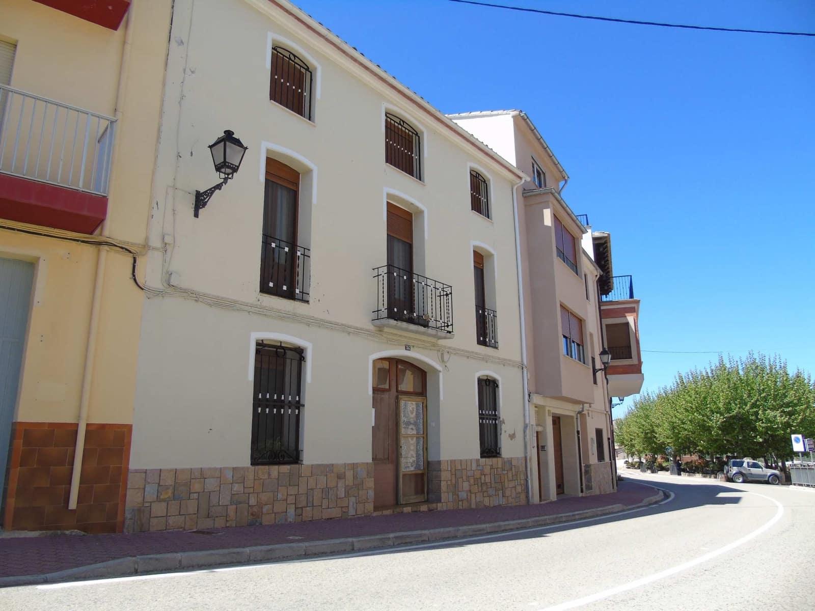 Casa de 5 habitaciones en Planes en venta - 215.000 € (Ref: 5014455)