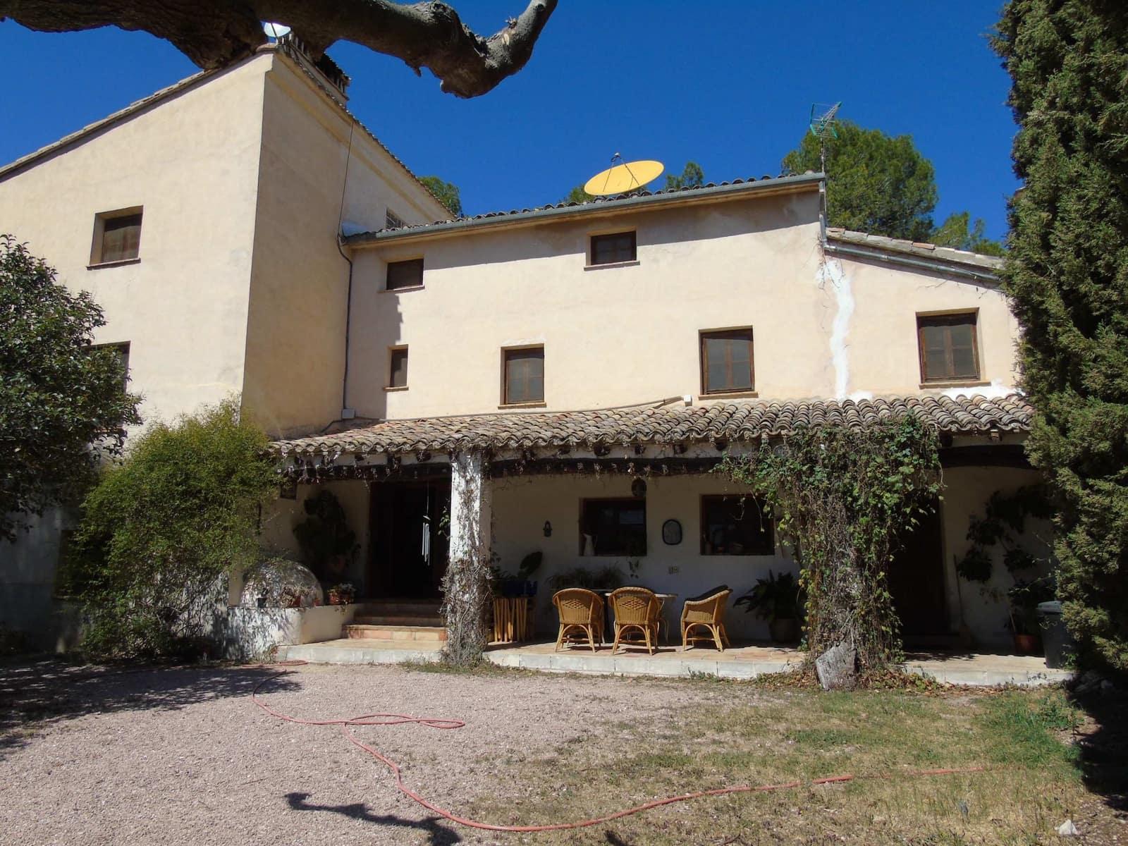 8 Zimmer Finca/Landgut zu verkaufen in Gorga mit Pool Garage - 475.000 € (Ref: 5049912)
