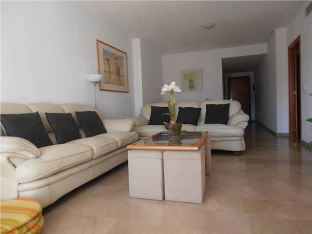 2 Bedroom Flat in Benalmadena Costa