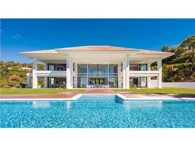 9 Bedroom Villa in Benahavis