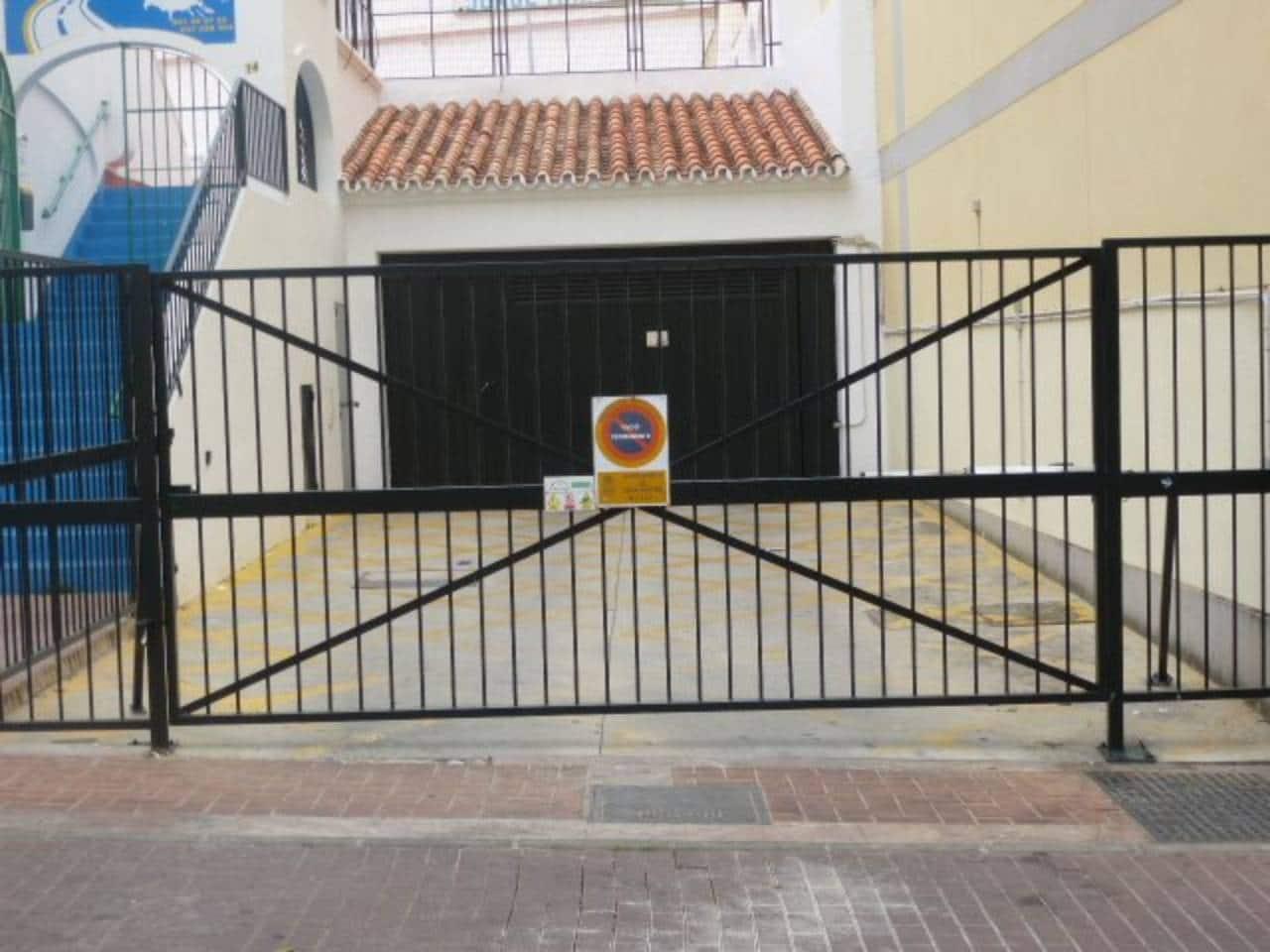 Garaje en Arroyo de la Miel en venta - 13.200 € (Ref: 4529782)