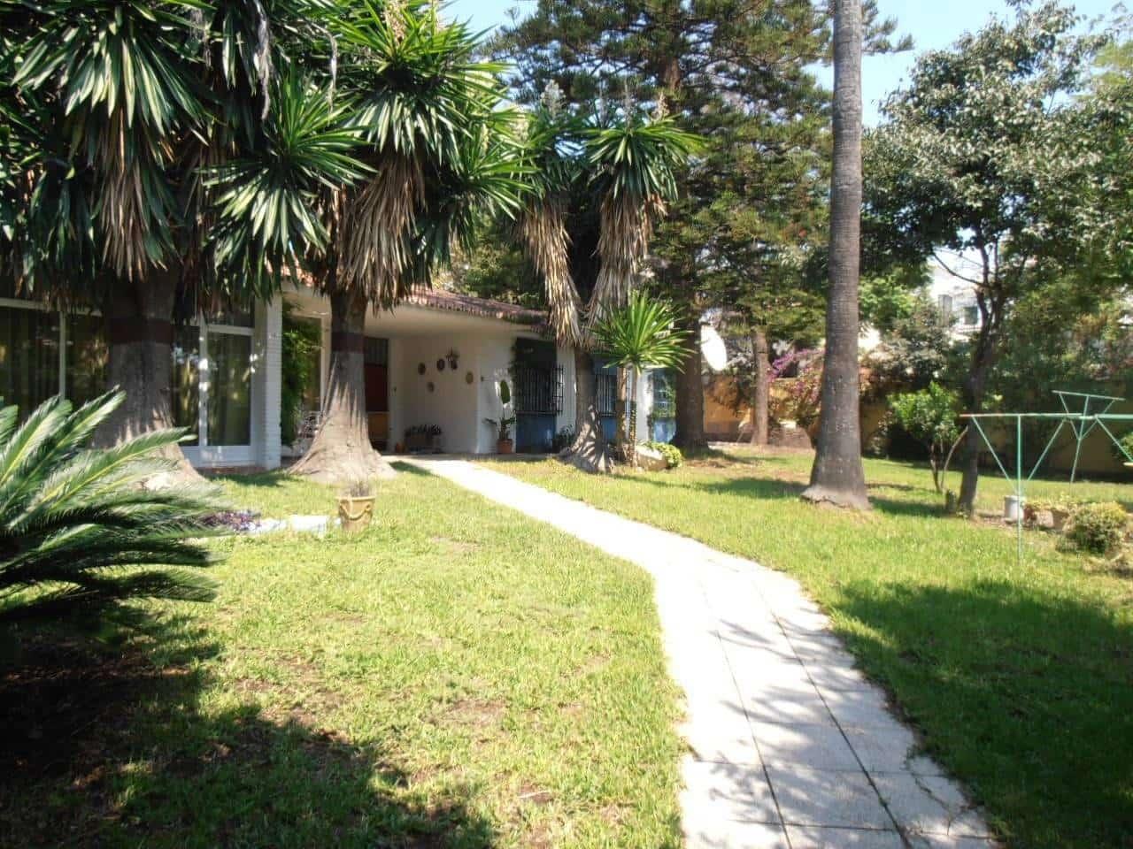 4 bedroom Villa for sale in Benalmadena with garage - € 500,000 (Ref: 4529874)